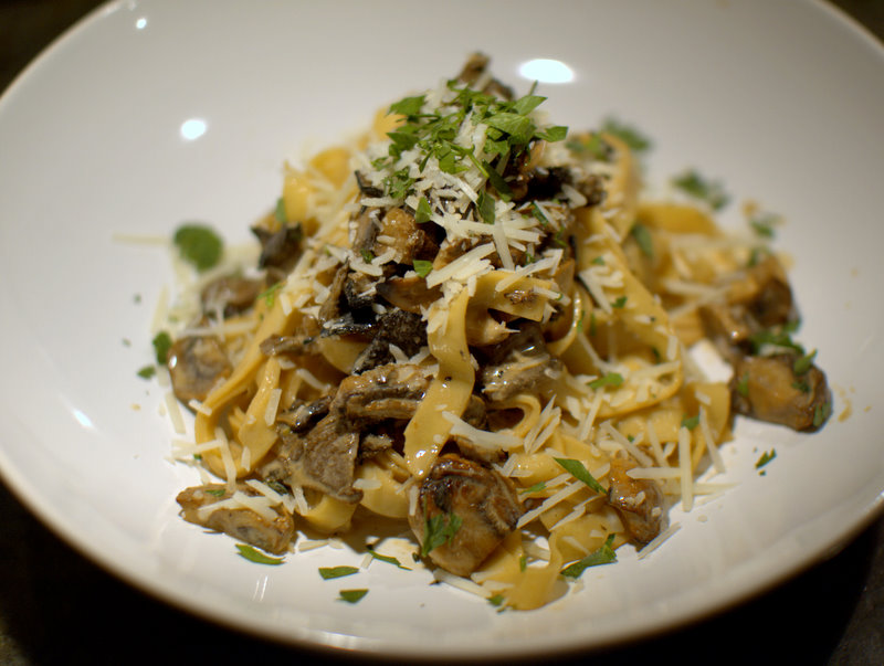 Pates Aux Cepes (Tagliatelle With Porcini Mushrooms And ...